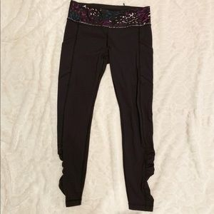 """Lululemon Speed Up Tight-Ruched 28"""" Size 8"""